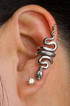 Snake Ear Cuff Snake Ear Wrap Silver Snake Earring Snake - This Solid Sterling Silver Snake Ear Cuff Is One Of Martys Newest Ear Creations The Graceful Snake Wraps Playfully Along The Edge Of The Ear This Ear Cuff Can Be Worn On Either Ear Diamond Not Inc Snake Earrings, Snake Jewelry, Ear Jewelry, Cute Jewelry, Jewelry Accessories, Stud Earrings, Skull Jewelry, Snake Ring, Jewelry Box