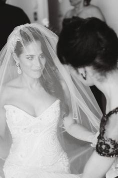 Photography: Vanessa Joy Photography - vanessajoy.com  Read More: http://www.stylemepretty.com/2015/03/27/elegant-rainy-day-wedding/