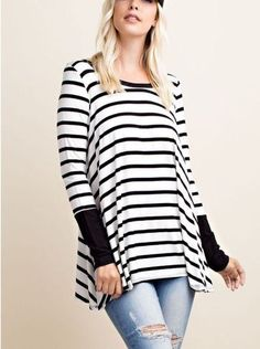 Long sleeve stripe solid arm wrist back buttoned round neck top