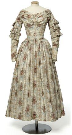 Dress c. 1840