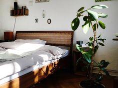 Zu Besuch bei Designerin Frau Caze in Berlin Neukölln - AnneLiWest Berlin Berlin, Designer, Interiors, Inspiration, Bed, Furniture, Home Decor, Old Mansions, Nice Designs