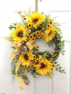 Best 12 Heres a bright and airy Sunflower wreath to brighten up your entry way this Summer. Five large and happy sunflower faces are surrounded by bunches of Black-eyed Susans and lush green foliage. Nestled on the side is a large, 3 ribbon bow made up of Diy Wreath, Grapevine Wreath, Tulle Wreath, Wreath Ideas, Wreaths For Front Door, Door Wreaths, Burlap Wreaths, Deco Mesh Wreaths, Fall Wreaths