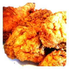 Tailgate Faves: Soon-To-Be Famous Fried Chicken | Revelry House  http://revelryhouse.tumblr.com/post/34718146305/tailgate-faves-soon-to-be-famous-fried-chicken  @RevelryHouse #JoinTheParty