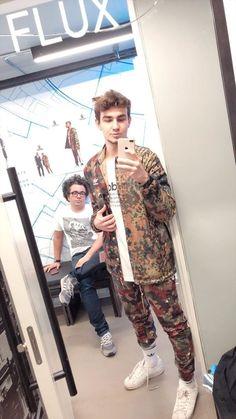 Youtubers, Punk, Wallpaper, Style, Fashion, Beige, Swag, Moda, Fashion Styles