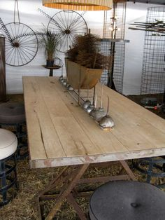 Would be great for having in kids section for displaying leggings, flat folds, crates and kids things etc Timber Table, Wood Table, Dining Table, Dining Room, Barn Wood, Rustic Wood, Barn Table, Craft Room Design, Farms Living