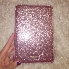 Rose gold iPad case Beautiful blingy case! Pristine condition, never used. Bought it for my kindle but it's too big :( without original packaging. Fits iPad mini gen 2&3. kate spade Accessories Tablet Cases