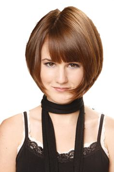 Looking for the right layered bob cut, but don't know which one to choose? Consider this list of layered bob hairstyles to make your search short. Short Wedge Hairstyles, Medium Short Haircuts, Short Haircut Styles, Layered Bob Hairstyles, Medium Hair Cuts, Short Hair Cuts, Medium Hair Styles, Simple Hairstyles, Bob Styles