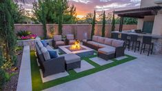 backyard remodel When we Are speaking about the home decor, we can't forget speaking about the Hardscape Backyard Ideas. Backyard -- or the outdoor side of the home decor, can Small Backyard Design, Backyard Patio Designs, Modern Backyard, Small Backyard Landscaping, Garden Design, Desert Backyard, Landscaping Ideas, Arizona Backyard Ideas, Hardscape Design