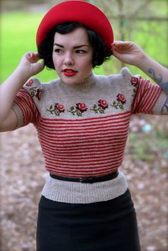 Ravelry: Project Gallery for 'Trimmed with Roses' Twinset Jumper pattern by Susan Crawford Retro Mode, Mode Vintage, Style Vintage, Grunge Look, Grunge Style, 90s Grunge, Soft Grunge, Vintage Inspired Fashion, 1940s Fashion