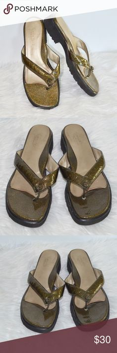 895175b1cd3a77 Taryn Rose olive gold glitter flip flop sandals 39 great