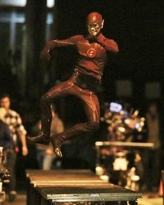 Grant Gustin on set of Arrow / The Flash crossover episode