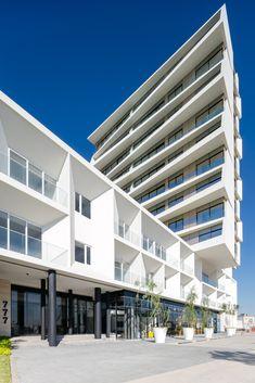 Gallery of La Toscana Residential Building / AE Arquitectos - 9
