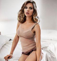 scarlett johansson esquire Scarlett Johansson Measurements #ScarlettJohanssonmeasurements #ScarlettJohansson #celebritypost