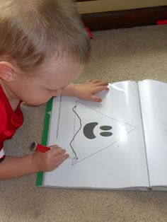 Ghost Shape Tracing - Toddler Busy Bag or Tot School Activity to go along with the new e-book Three Ghost Friends: Learn About Shapes.