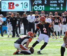 Cincinnati Bengals kicker Mike Nugent (2) kicks a field goal during the first…