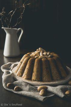 Grießkuchen mit Mandeln