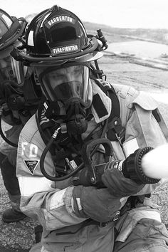 BFD firefighter in action | Shared by LION