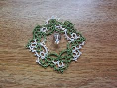 christmas ornament lace ornament suncatcher tatted by MamaTats, $8.00