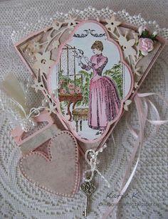 Shabby Vintage Fan Card / http://inkyangelcreation.blogspot.ca/2012/03/shabby-vintage-fan-card.html#