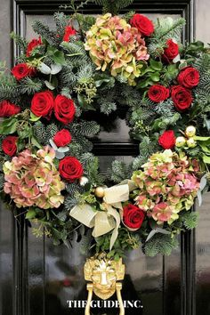 These Christmas wreath ideas are AMAZING! I will now be referring to this post every time I need another Christmas wreath idea. Christmas Wreaths For Windows, Christmas Decorations For The Home, Christmas Crafts, Wreath Ideas, Decor Ideas, Decorating, Amazing, Winter, Xmas