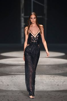 Lookbook :: JULIEN MACDONALD ::