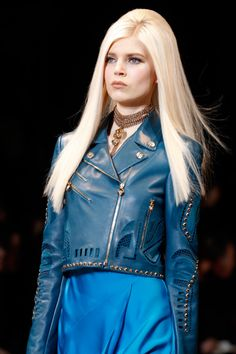 Versace Fall 2014 inspired Carrie Eldridge / Glitter and Force 3 http://fqoto.com/fqoto-aw2014-15-031-carrie-eldridge--glitter-and-force-3.html