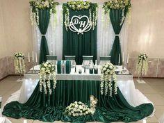 Teal And Grey Wedding, Green Wedding Decorations, Afghan Wedding, Emerald Green Weddings, Cute Wedding Ideas, Wedding Wishes, Wedding Table, Wedding Colors, Dream Wedding
