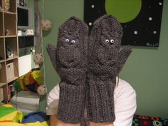 Gloves with owls