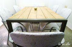 Proyecto de decoración con muebles reciclados de Las Tres Sillas para la empresa Coto Consulting en Valencia Valencia, Dining Table, Furniture, Home Decor, Recycled Furniture, Chairs, House Decorations, Blue Prints, Decoration Home
