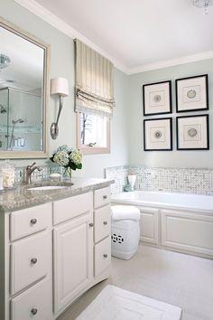 Small Bathroom Colors Benjamin Moore New Popular Bathroom Paint Colors Green Bathroom Paint, Best Bathroom Paint Colors, Painting Bathroom Cabinets, Small Bathroom Colors, Bathroom Color Schemes, Best Paint Colors, Grey Bathrooms, Beautiful Bathrooms, Bathroom Interior