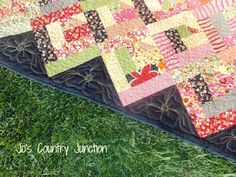 Love adding these triangles on the edge.......OzQuilt-2 tutorial  It's like a half log cabin with a triangle corner