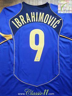 1da801d21 Relive Zlatan Ibrahimović s 2004 2005 season with this vintage Nike Juventus  away football shirt.