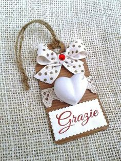 Tag with chalk Wedding Favours, Diy Wedding, Party Favors, Handmade Christmas Gifts, Christmas Ornaments, Handmade Gifts, Card Tags, Gift Tags, Super Pictures