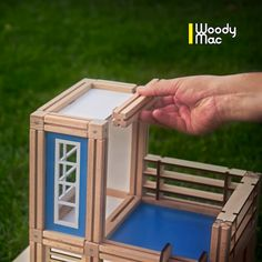 WoodyMac - Wooden, magnetic, architectural toy - a building block set for boys, girls and fun loving adults. Family-friendly activity for everyone