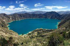Take us there! Happy Thursday from Laguna De Quilotoa, Ecuador by @qquetzalli #beautifullatinamerica | ¡Llévanos allí! Feliz jueves desde la Laguna De Quilotoa, Ecuador #latinoamericahermosa