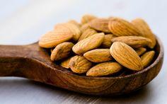 Gesund abnehmen - Mandeln machen dünn – laut Studie!