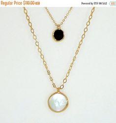 SALE  Gemstones Necklace Gold Layering Necklace por inbalmishan