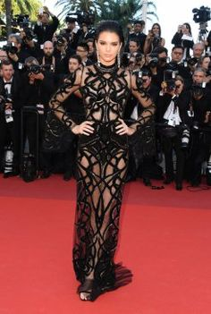 Kendall-Jenner-Sheer-Dress-Cannes-2016