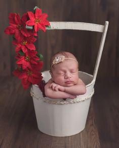 #aucklandnewbornphotography #pukekohenewbornphotography #gracefulemotions #newbornphotography #newbornphotographerauckland #babyphotographer #toddlerphotographer #pukekohenewbornphotography #pukekohebabyphotography #pukekohematernityphotography #pukekohephotographer #pukekohephotostudio #aucklandphotostudio #gracefulemotionsphotography #cheekymoments #cheekymomentsphotography
