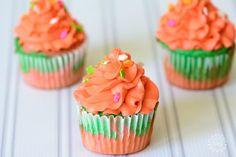Tie Dye Fruity Cupcakes http://www.momdot.com/tie-dye-fruity-cupcakes ...