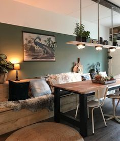 Esszimmer, Esstische und Esszimmer dekor, Esszimmer Sessel Dining room, dining tables and dining room decor, dining chair Interior Design Living Room, Living Room Decor, Bedroom Decor, Interior Shop, Dining Room Design, Interior Ideas, Bedroom Ideas, Wooden Decor, Wooden Lamp
