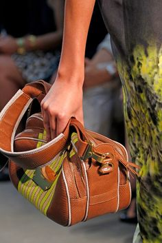 Proenza Schouler Spring 2011 Ready-to-Wear Fashion Show Details