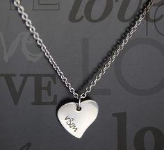 6b1a1898086c Collar corazón iniciales personalizado. www.miflakyto.com