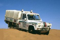 Portaro Campina (Paris Dakar Rally) - Made in Portugal Volvo, Sport Cars, Race Cars, Carros Suv, Rallye Paris Dakar, Rally Dakar, Rolls Royce Cullinan, Rally Raid, Exotic Cars