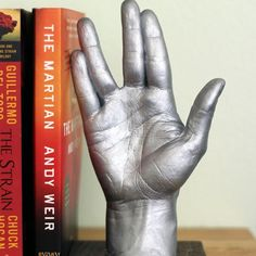 Make a DIY Star Trek Vulcan salute statue/bookend. #LLAP