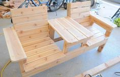 Woodworking Bench How to Build a Double Chair Bench with Table – Free Plans - DIY Inspiration for the Average DIY'er Lawn Furniture, Pallet Furniture, Furniture Projects, Furniture Plans, Furniture Outlet, Furniture Stores, Rustic Furniture, Furniture Design, Pallet Chair