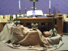Altar decoration for Lent season Lent Decorations For Church, Catholic Lent, Church Flowers, Alter Flowers, Altar Design, Maundy Thursday, Christian Decor, Church Banners, Pentecost