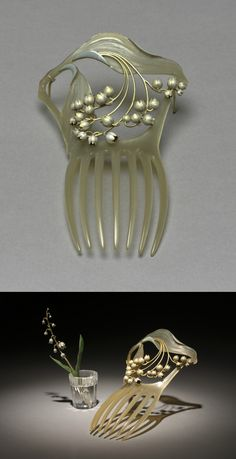 Art Nouveau Horn, Enamel & Gold Hair Comb by Rene Lalique 1900