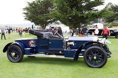 rolls royce classic cars by owner Classic Motors, Classic Cars, Jeep Carros, Vintage Cars, Antique Cars, Car Gif, Rolls Royce Cars, Best Muscle Cars, Sweet Cars