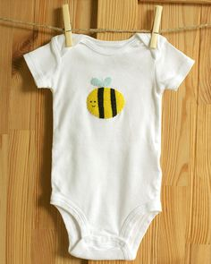 Bumble Bee Shirt, Busy Bee Baby Bodysuit, Felt Applique Designs, Cute Baby Clothes, Hipster Baby Clothing